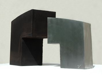 Signed sculpture de  : Traverse d'ombre 9