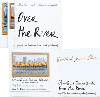 Livre dédicacé de Christo : Over the river - The Gates